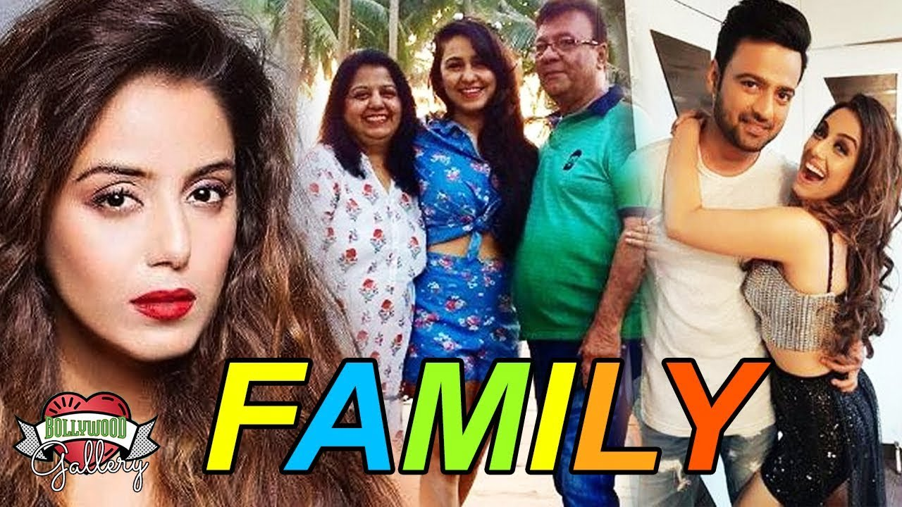 Srishty Rode Family With Parents, Sister & Boyfriend | Bollywood Gallery