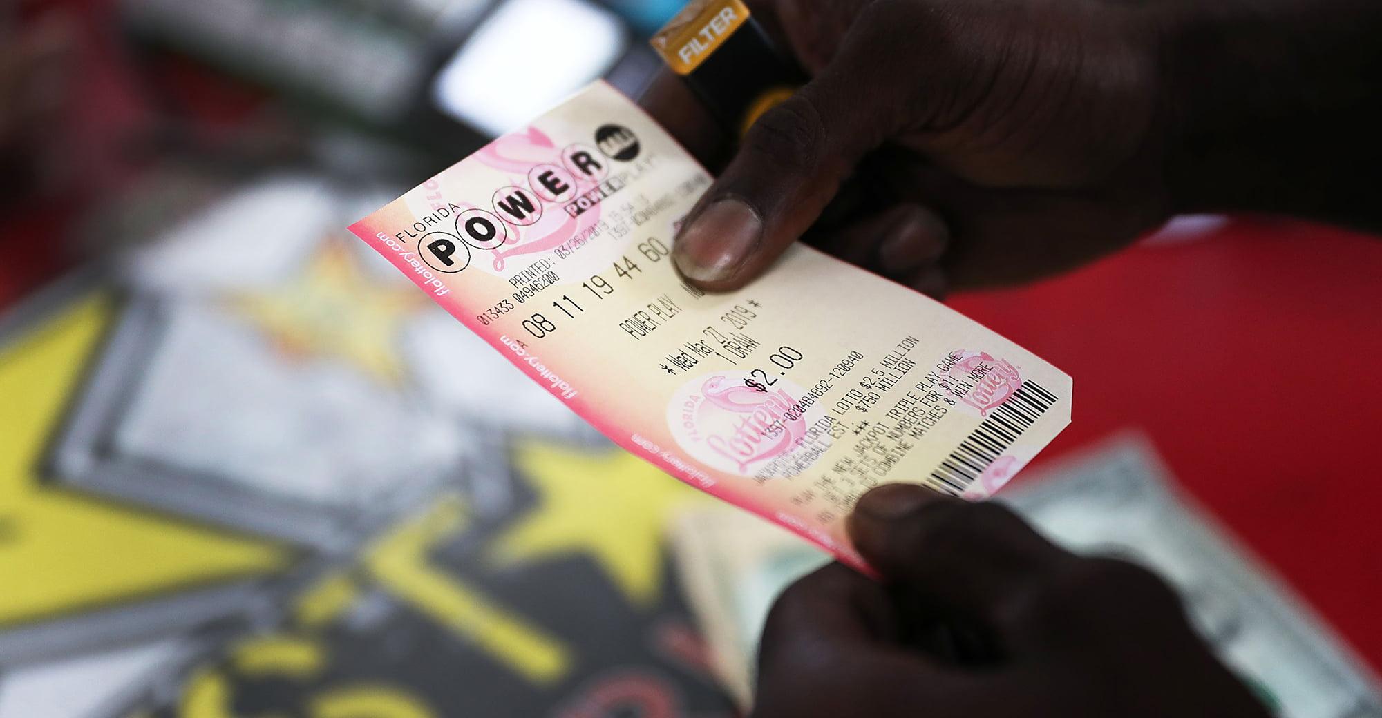 Florida Powerball Winner Sues Son and Advisor Over Money Mismanagement