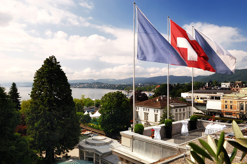 "Ultimate Father's Day experience with ""Kick It Like Beckham"" package at Zurich's Baur Au Lac"