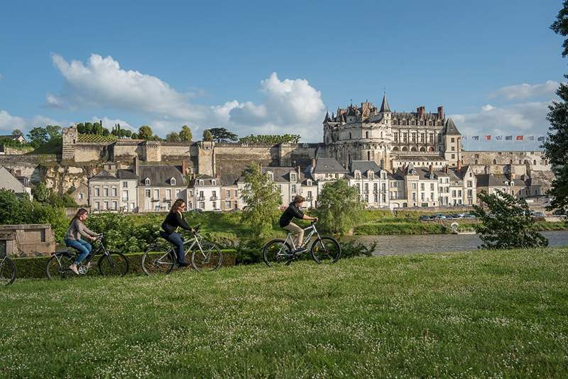 Celebrate Father's Day biking through the Loire Valley, France