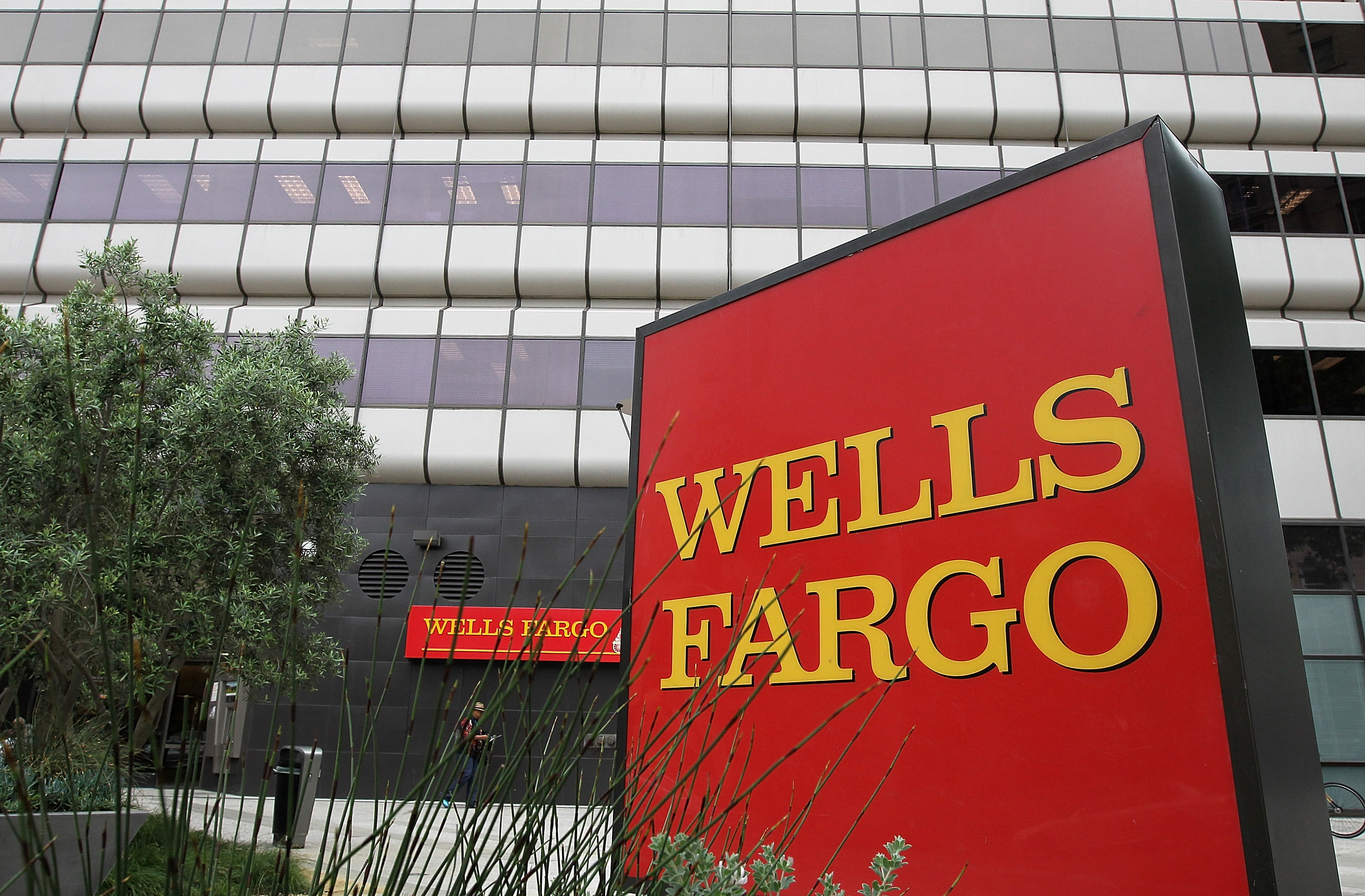 Wells Fargo Successfully Removed as Corporate Co-Trustee