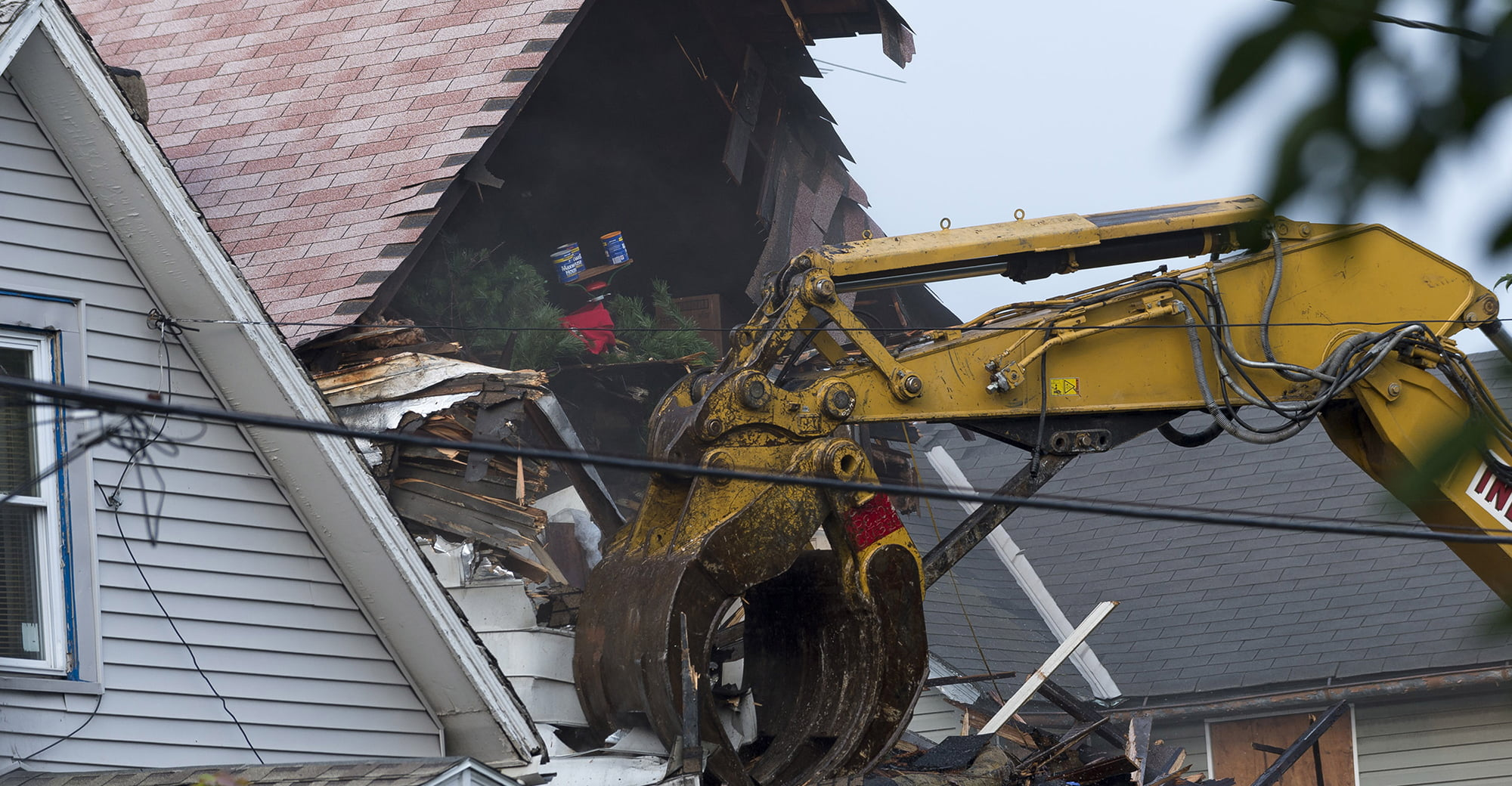 Deduction Denied for Assets Contributed on House's Demolition