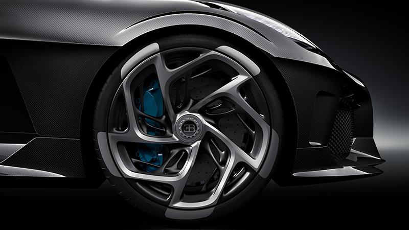 the wheel of the Bugatti La Voiture Noire
