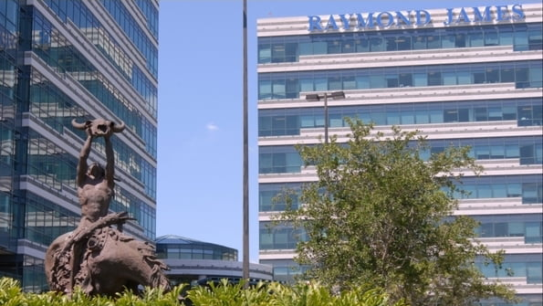 Raymond James Recruits $2.3 Million Producers from Morgan Stanley