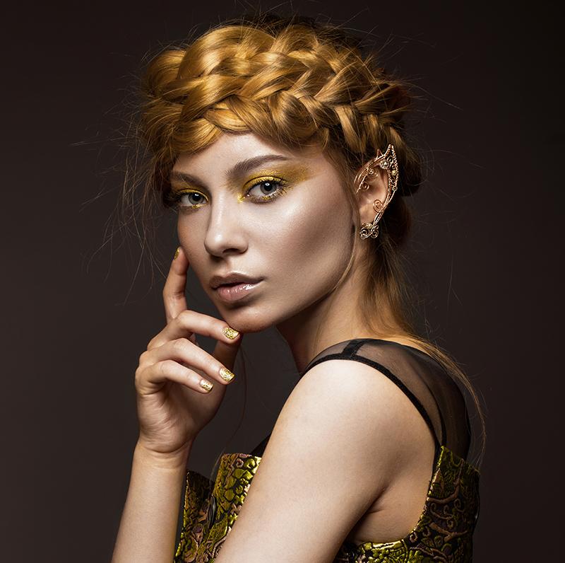 Replicate Pat McGrath Gold Foil Makeup Without A Makeup Artist