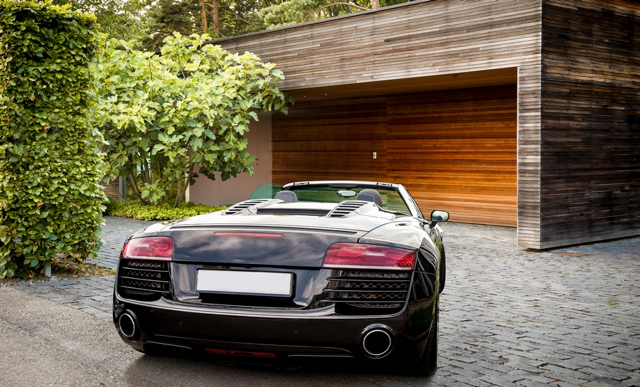 Three Reasons as to Why You Should Rent a Luxury Car
