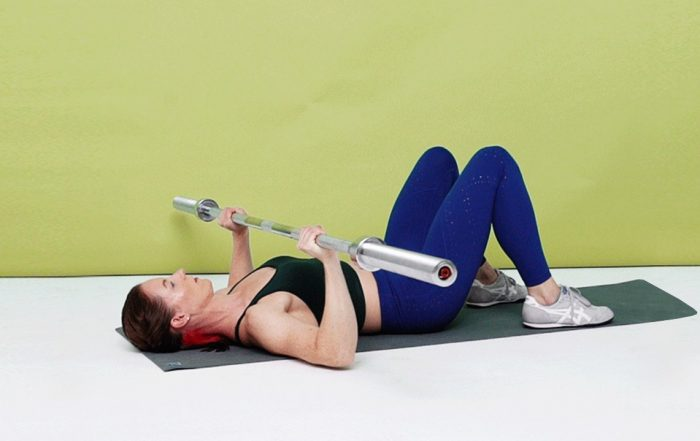 An Upper-Body Barbell Workout to Work Your Chest, Back, and Shoulders