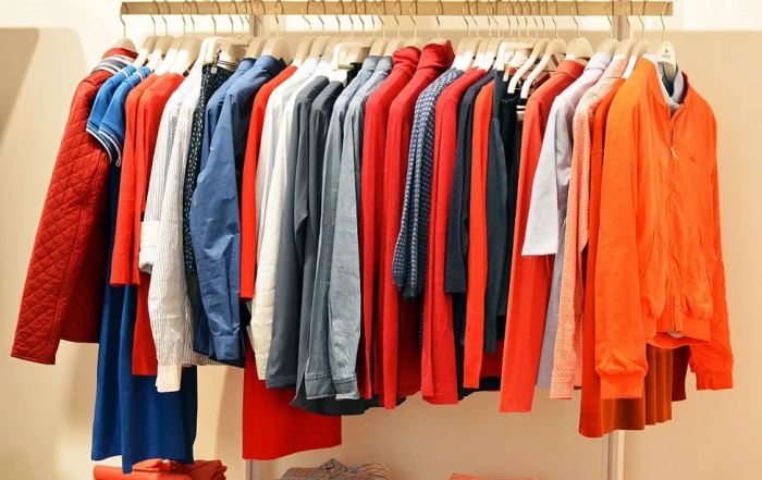 Effective Solutions to De-Wrinkle Your Clothes
