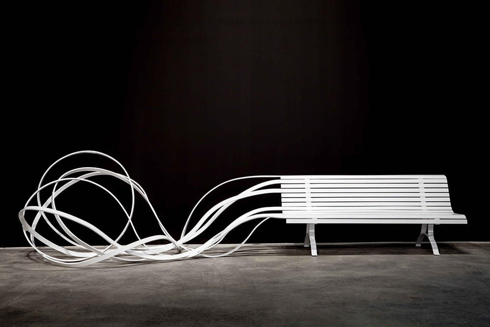 Argentine-French artist and designer, Pablo Reinoso and his sculptures