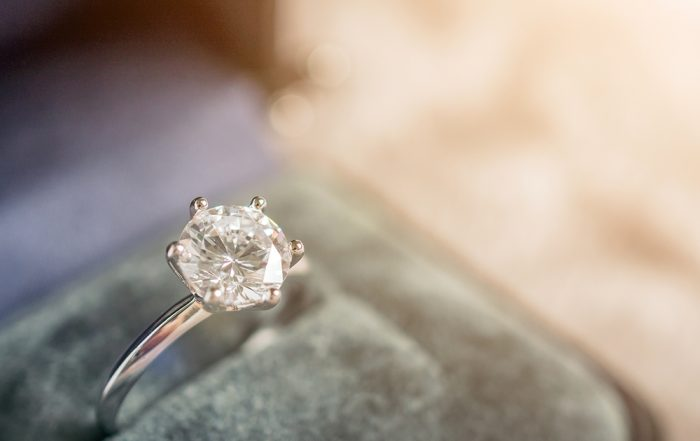 The Top 10 Tips for Purchasing an Engagement Ring