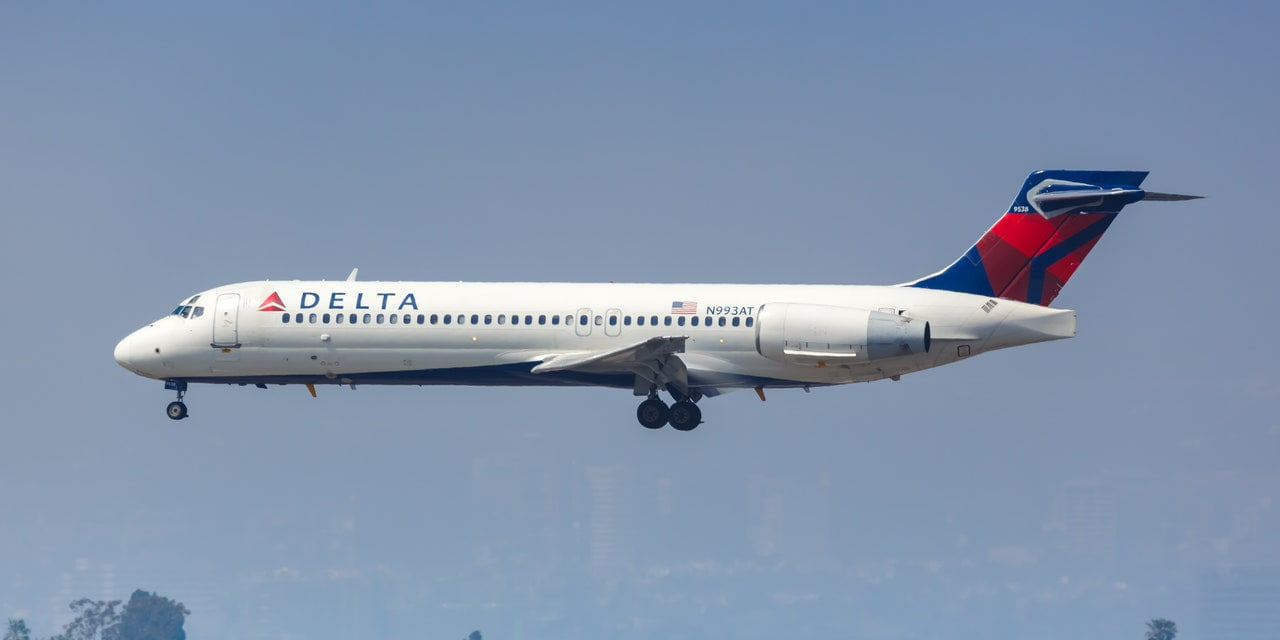 A Delta Flight Turned Around After 2 Passengers Refused to Wear Masks