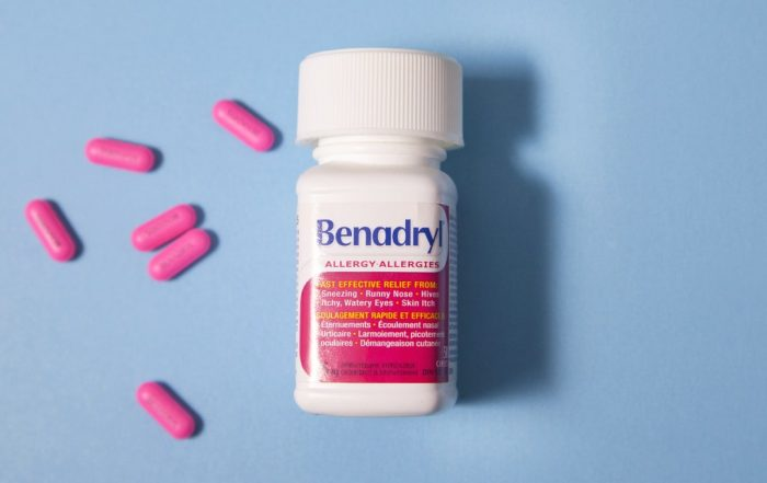 Seriously, Do Not Take the TikTok 'Benadryl Challenge'