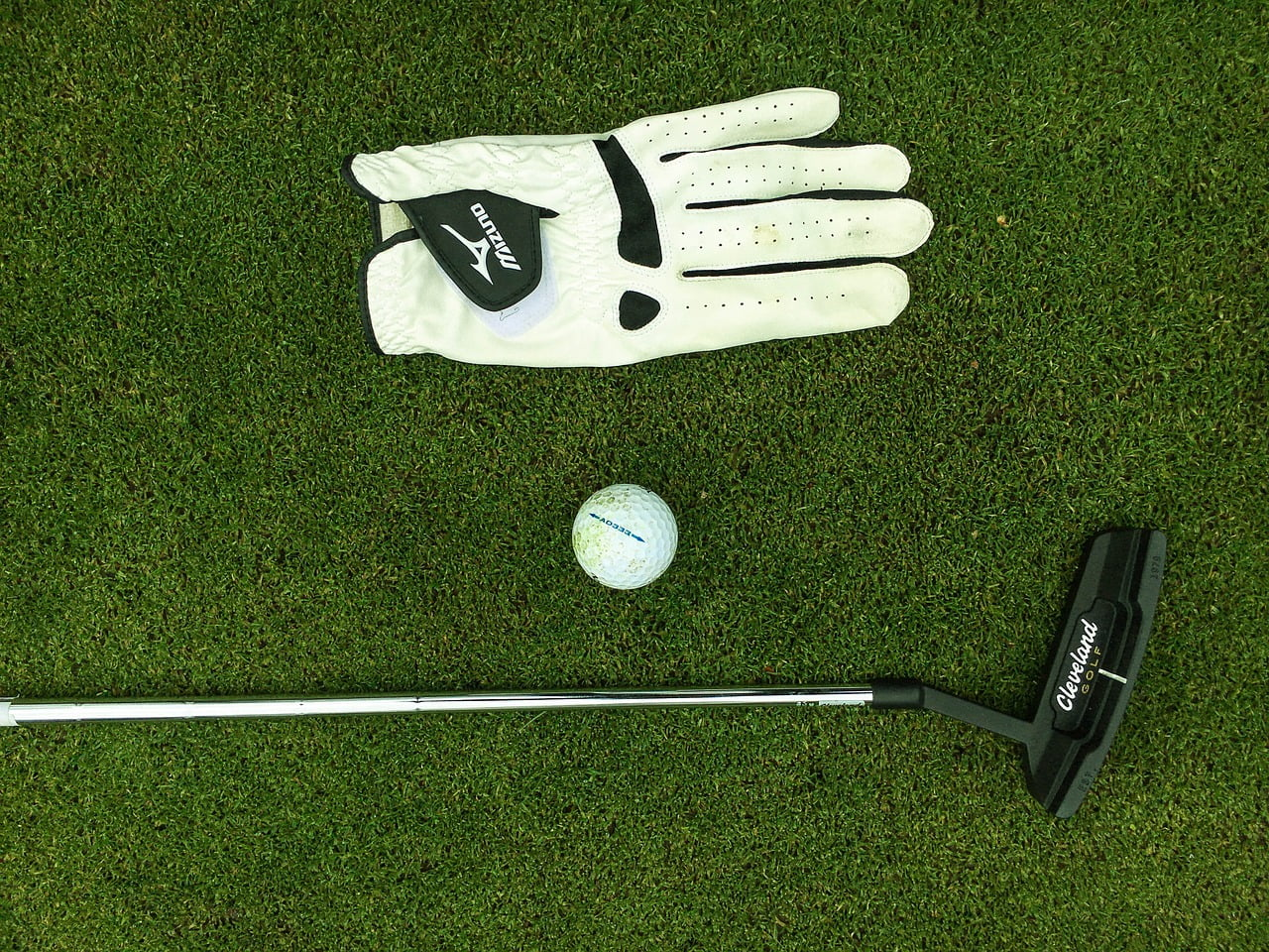Extravagant Items Every Golfer Would Love To Have When Playing