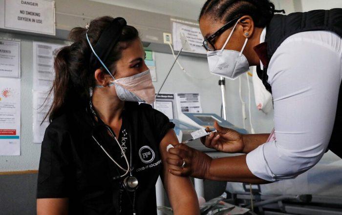 F.D.A. Expert Panel Endorses Johnson & Johnson's Vaccine