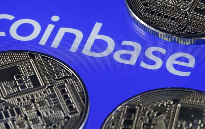 Coinbase Selloff After Trading Debut Spills Into Bitcoin Rally