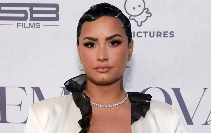 Demi Lovato Says She Still 'Struggles Daily' With Her Eating Disorder