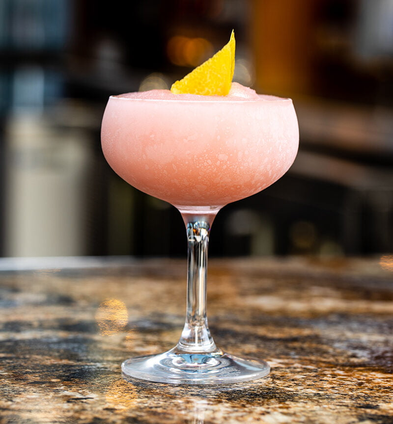 Frosé All Day, The Cocktail For Those Warm Nights