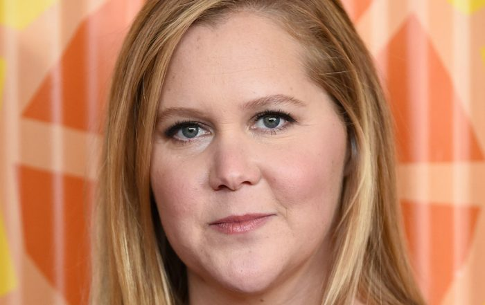 Amy Schumer Says Her Doctor Found '30 Spots of Endometriosis' During Her Hysterectomy